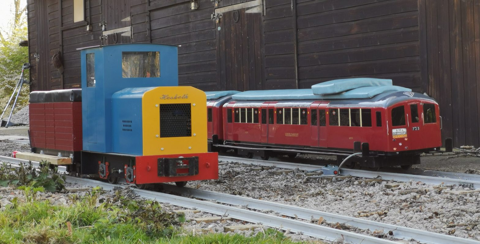 Diesel Shunter & Little Red Train