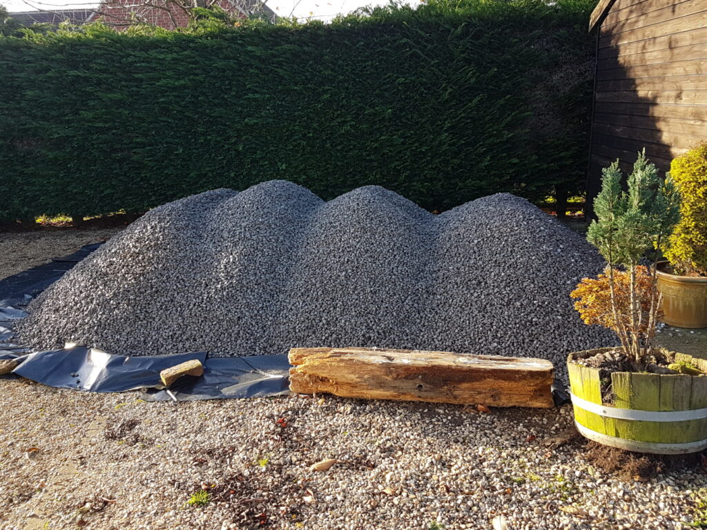 Ballast Pile